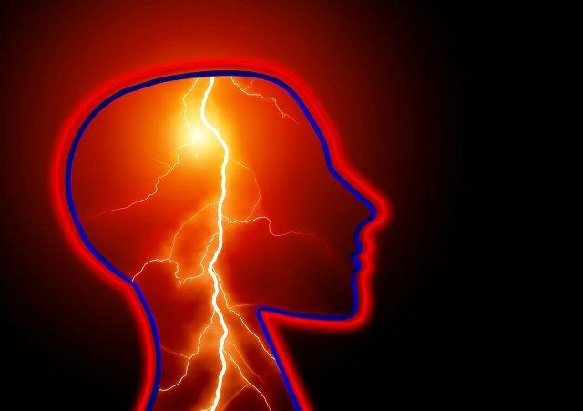 刺激を与えられている脳