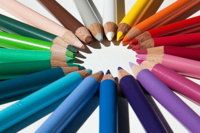 色々な色鉛筆