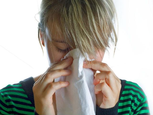 鼻づまりで眠れない時に試してほしい4つの改善法