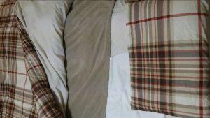 ニトリの寝具(布団)セットで快適に眠る画像