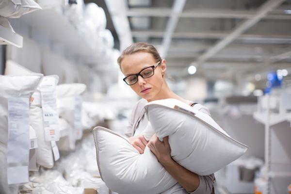 枕のサイズ選びが重要な理由|あなたに合った大きさは?選び方についても