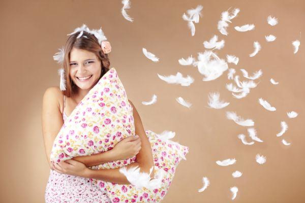 人気の枕の素材10選!選ぶ前に知るべき材質の特徴とメリット・デメリット