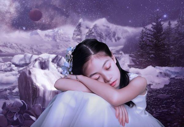 夢を見ている女性の画像